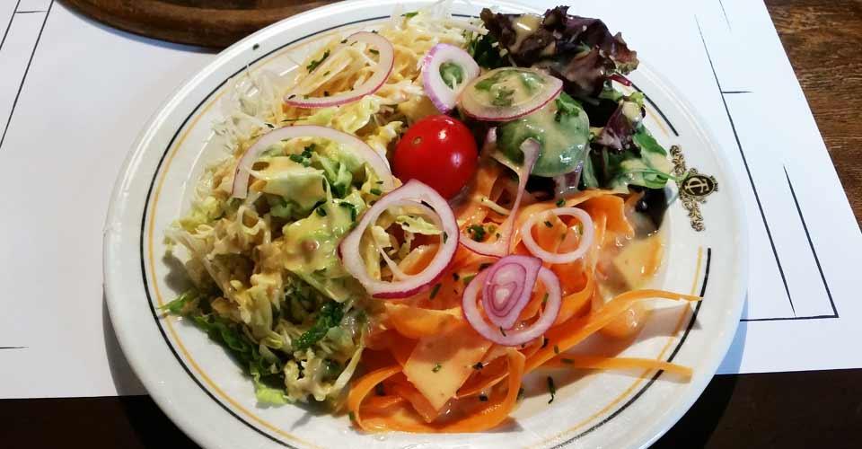 petite-salade-troquet-kneckes
