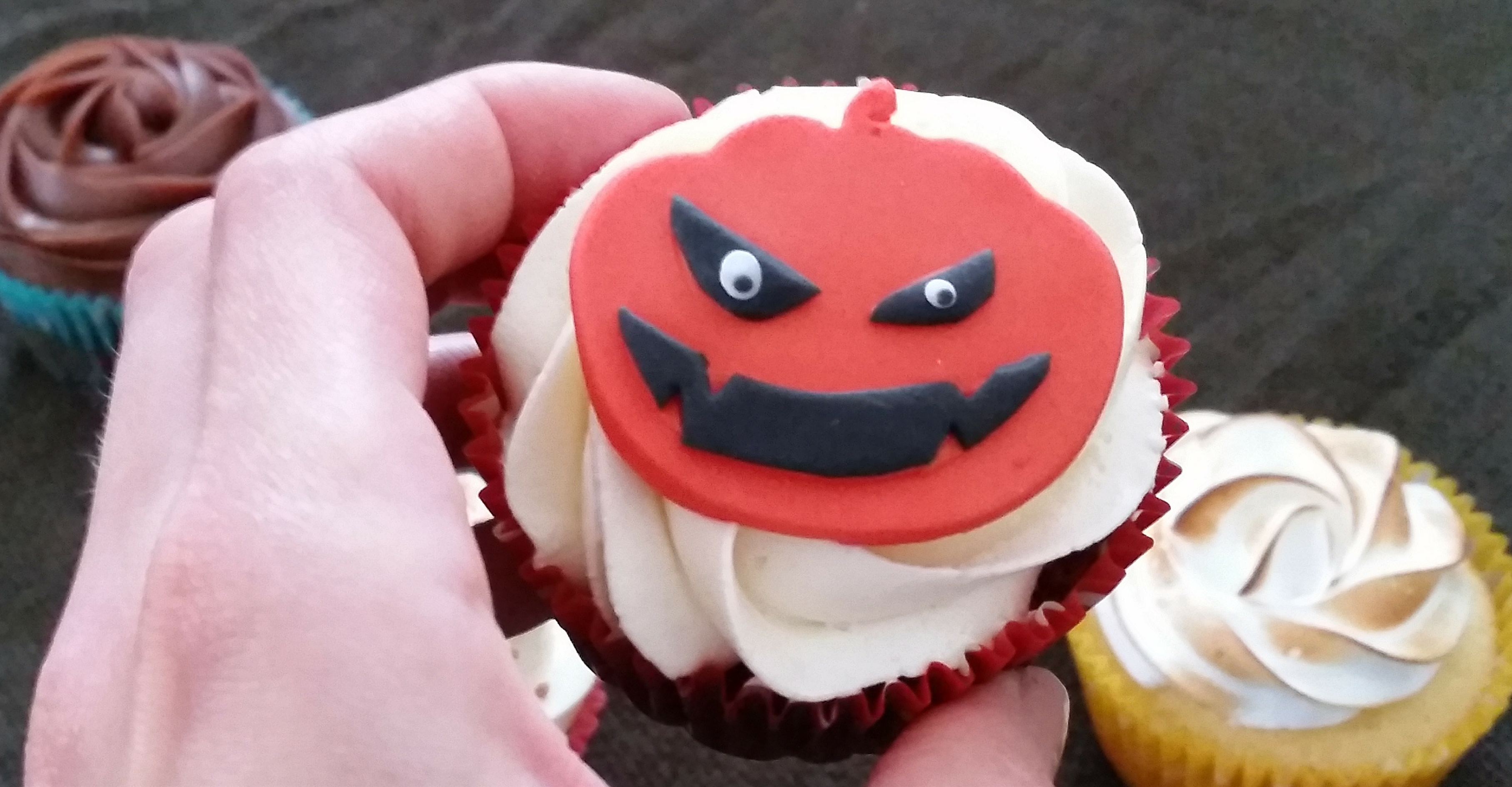 cupcake-kita-miss-elka-halloween
