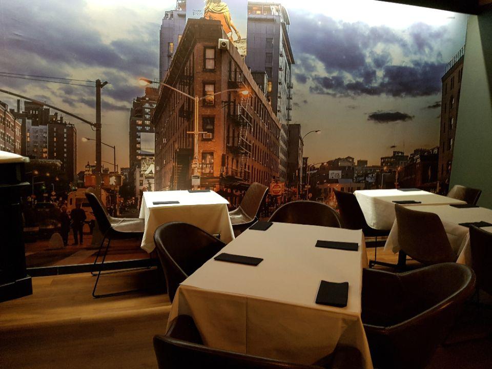 SteakHouse-district-Miss-elka-déco-urbaine