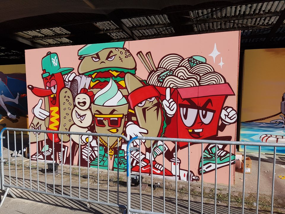 street_bouche_miss_elka_street_art1