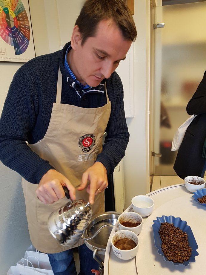Sebastien Maurer champion cuptasting Les Cafés Sati