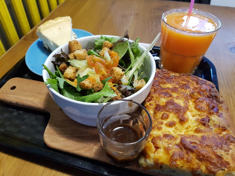 pizza et salade cheesecake oh my goodness