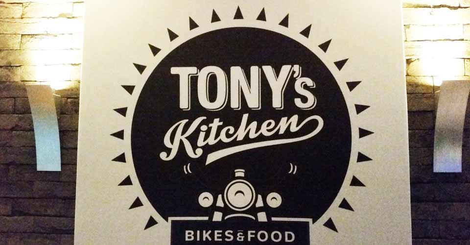 Tony's Kitchen : cuisine italienne et moto