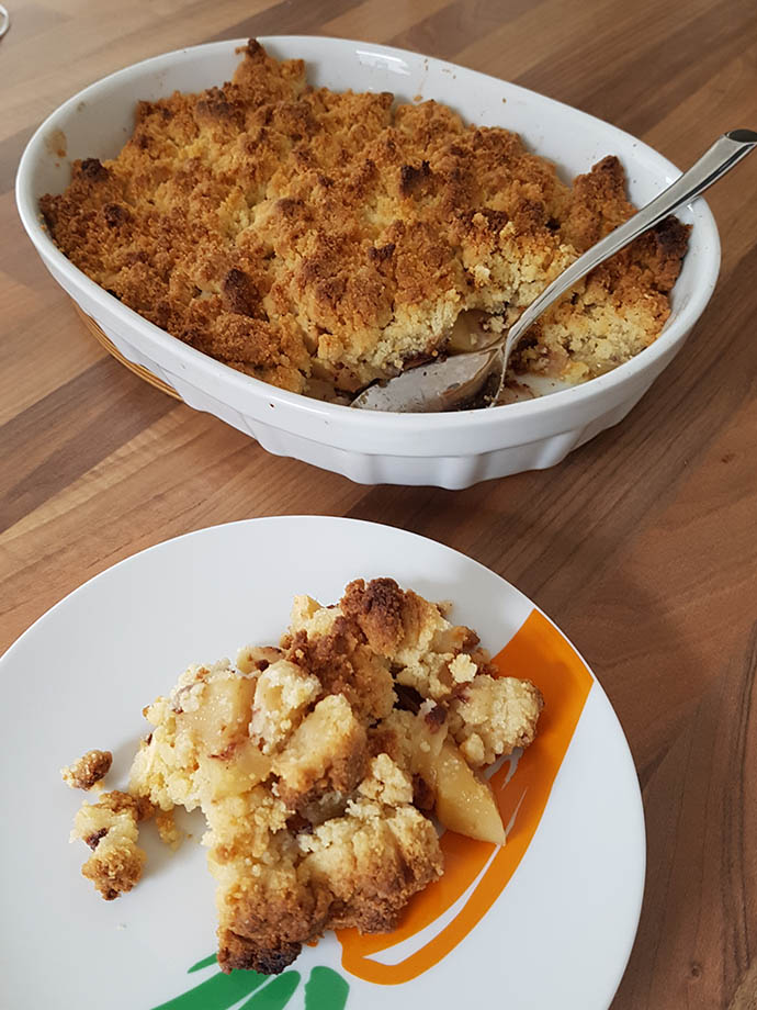 crumble-pommes-servi