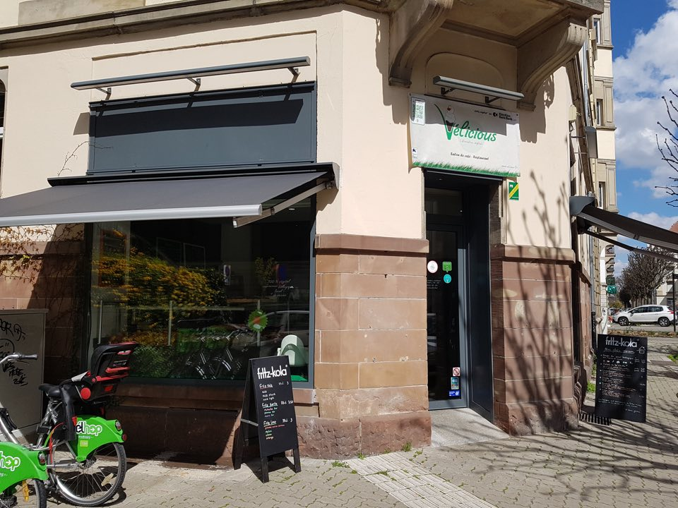 Velicious-entree-restaurant