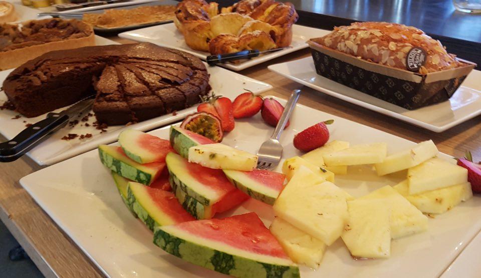 assiette-fruits-brunch-strasbourg
