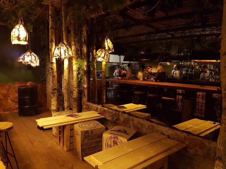 aedaen place decoration bois