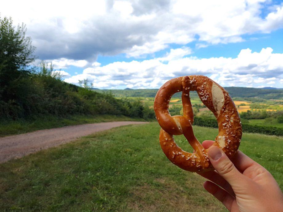bretzel promenade gastronomique du Schenkenberg à Obernai