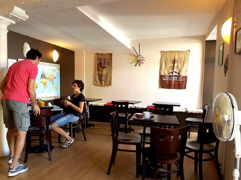 salle interieur fou d cafe strasbourg