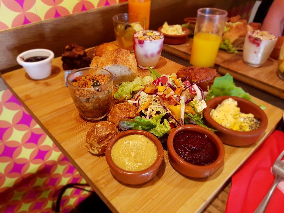 Bistrot et chocolat : brunch, des goûters et restaurant végétarien