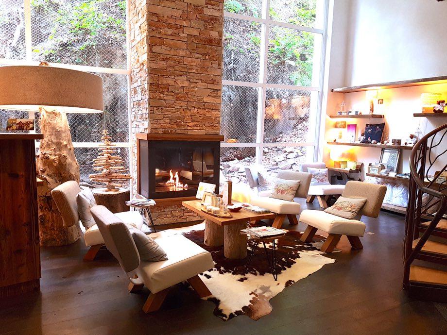 ambiance chalet cheminee spa et brunch à la chenaudière
