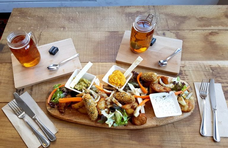 L' Etabli à Strasbourg : bar restaurant place Austerlitz