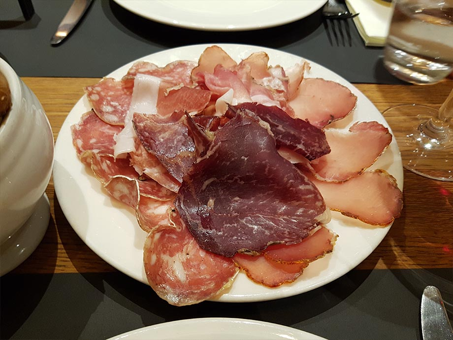 charcuterie-cloche-a-fromage-strasbourg