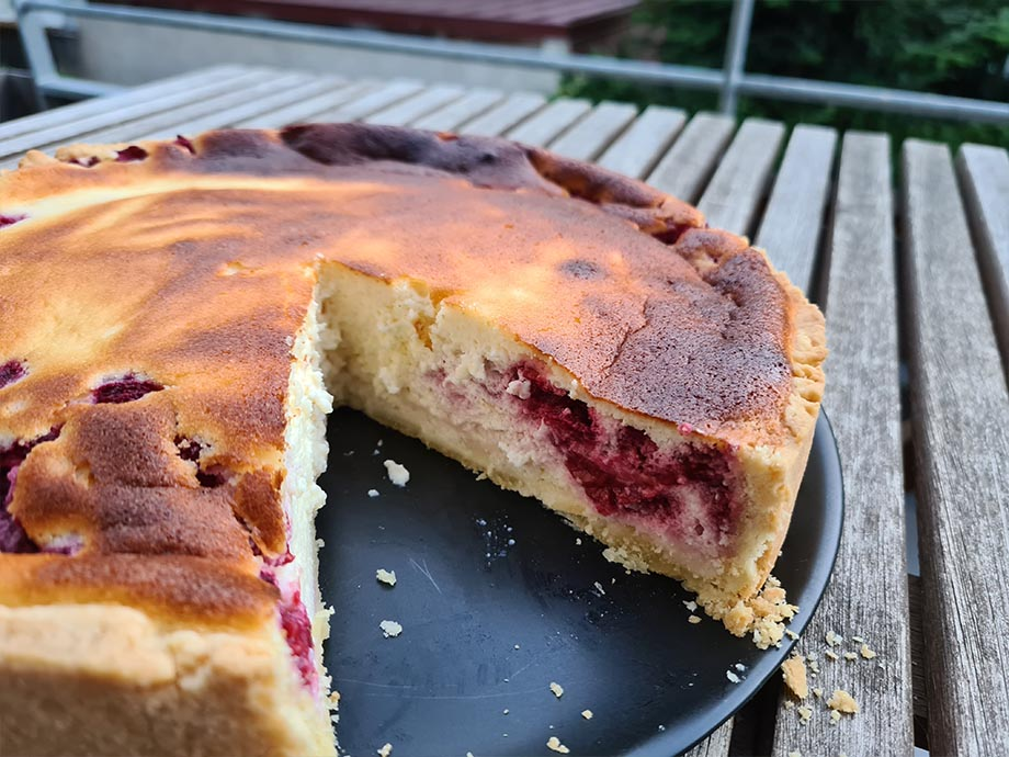 tarte-fromage-blanc-framboise-entiere-recette