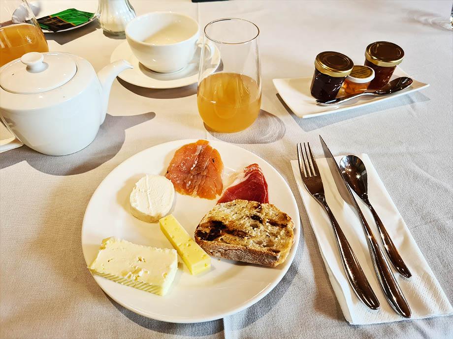 petit-dejeuner-source-des-sens-morsbronn-