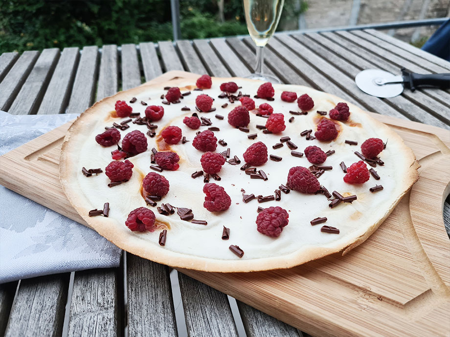 Recette de tarte flambée framboise chocolat