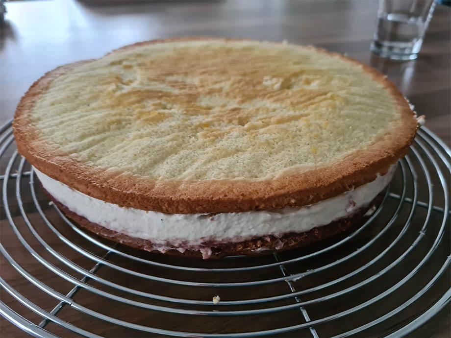 gâteau-framboise-creme-montage